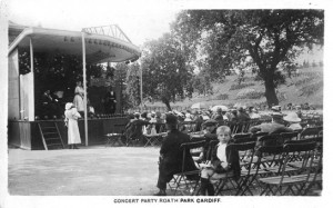 Roath Park Concert Party. Collection of Anne Bell