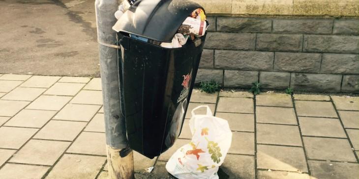 Overflowing bin on Bangor St